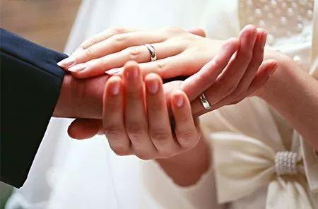 让夫妻更亲密的婚姻必修课