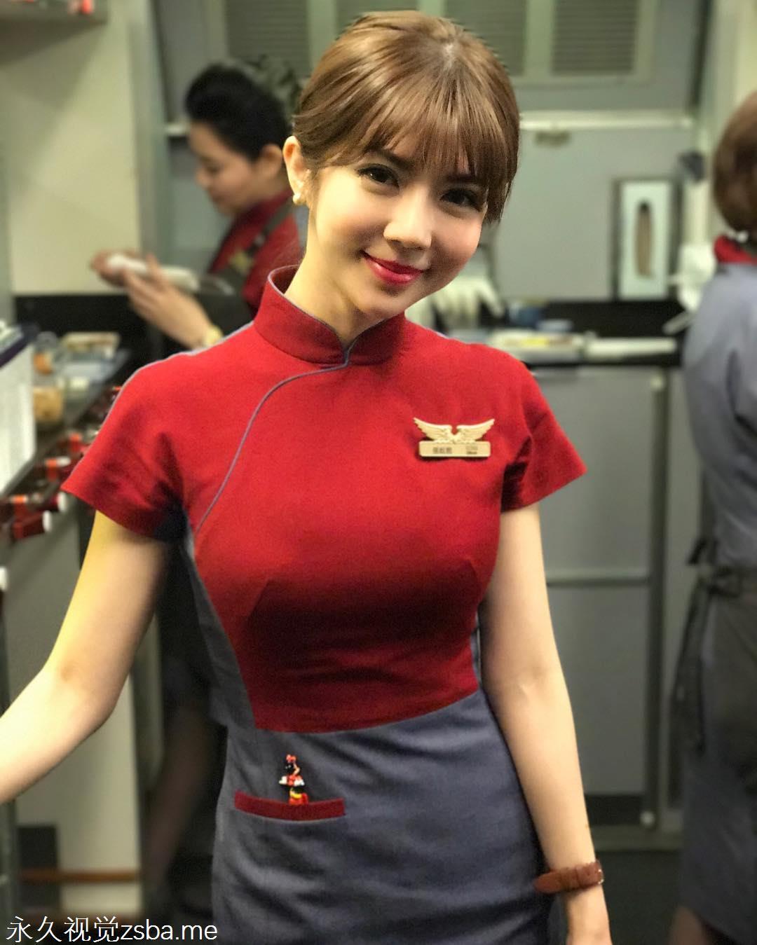 """[网爆门事件]脸蛋精致长相甜美的""""华航空姐Qbee张比比私拍视讯流出"""