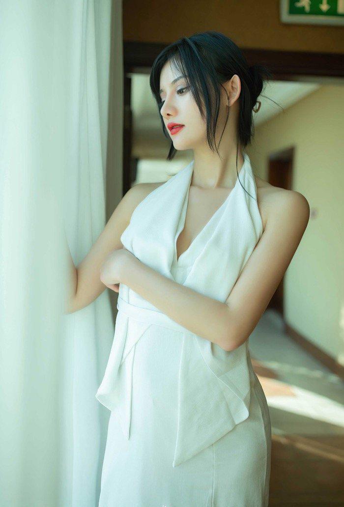 私人拍摄研究生美女学姐性感生活私密照片21p