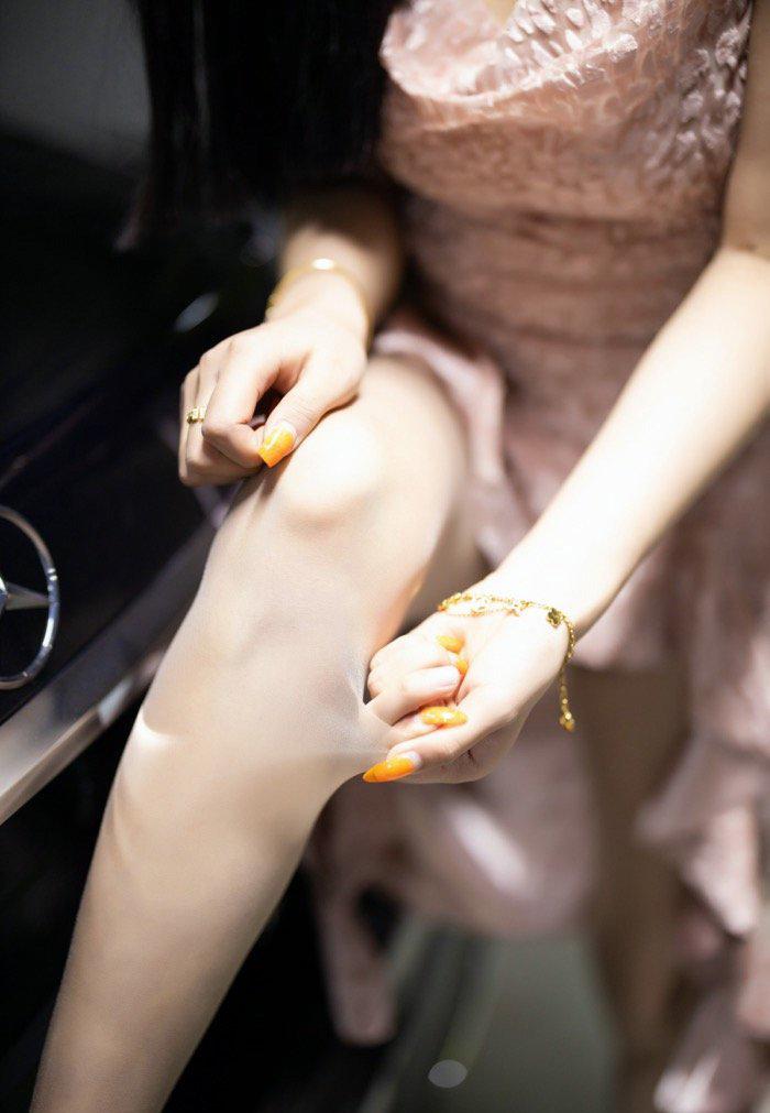 丝袜美腿美女114车模西西gogo高清大胆专业写真 节操写真馆 热图2