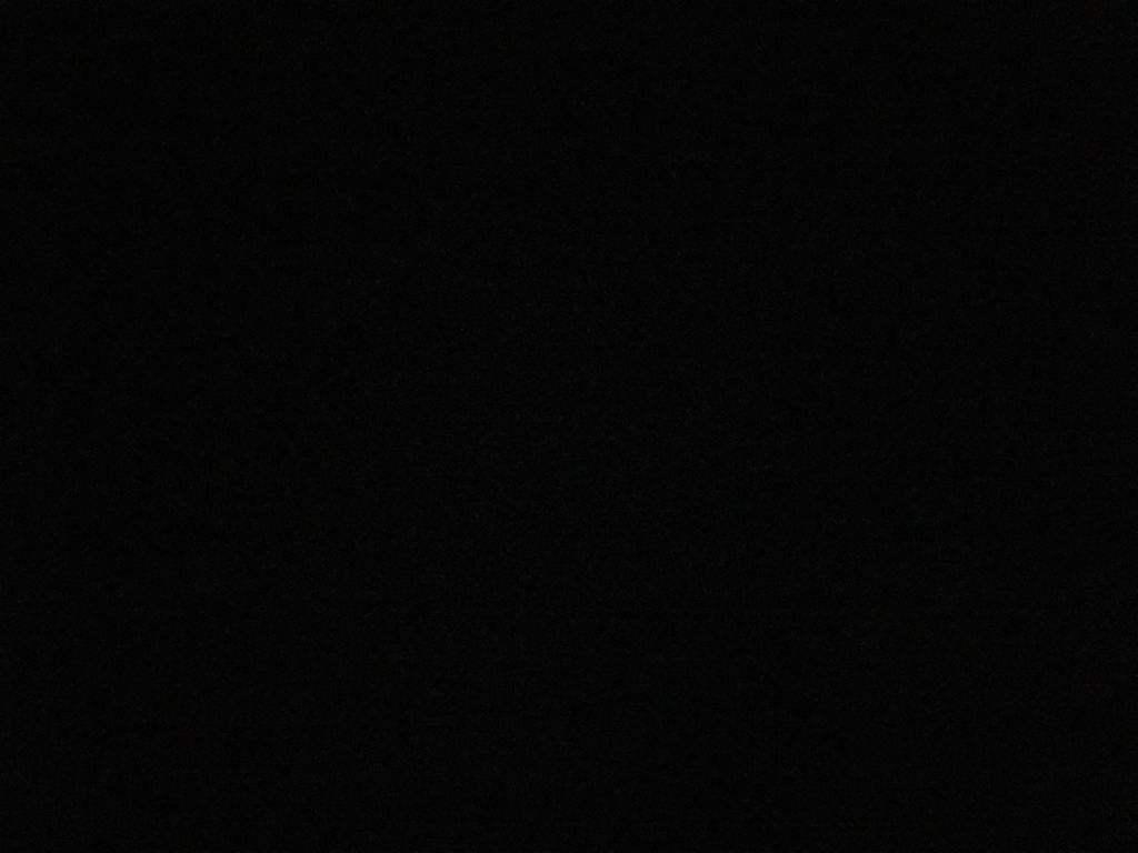 黑色背景图片 纯黑图片9张