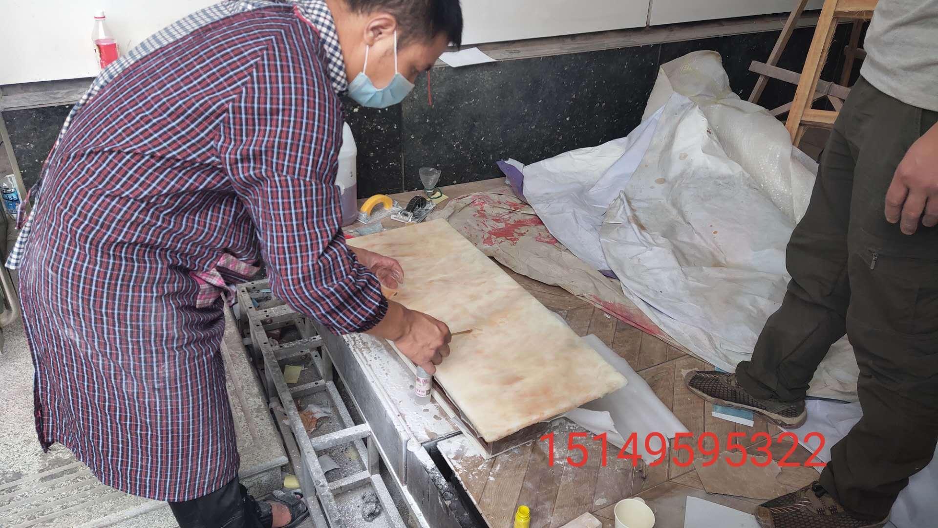 深圳快速上门家具美容的秘密就在于修复师傅的油漆维修高技术(培训学徒)-家具美容网