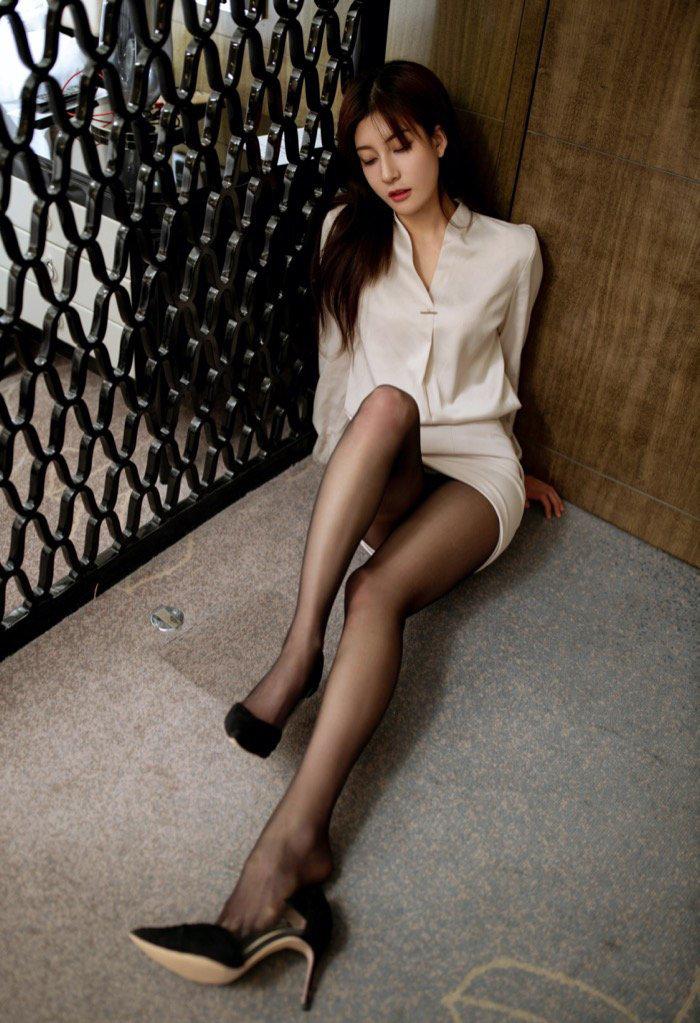 大胆西西人体美女丝袜美腿高清写真私密图16p