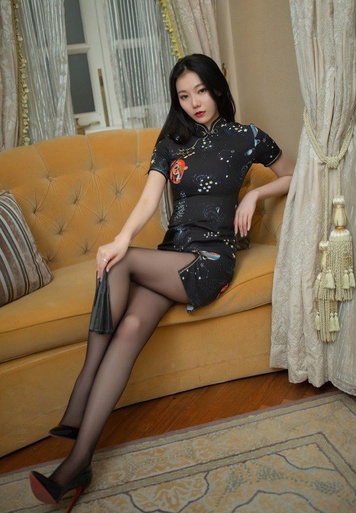 美女mm131性感黑丝袜美腿人体艺术高清写真图集12p