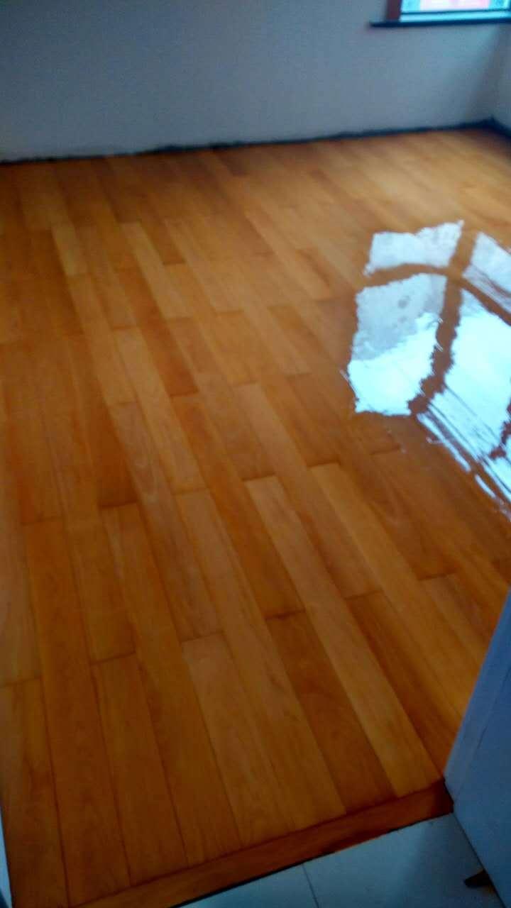 家具维修美容技术分享-如何修复运动木地板划痕