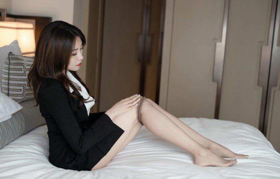 私人拍摄丝袜美腿美女欣赏116美女写真26p