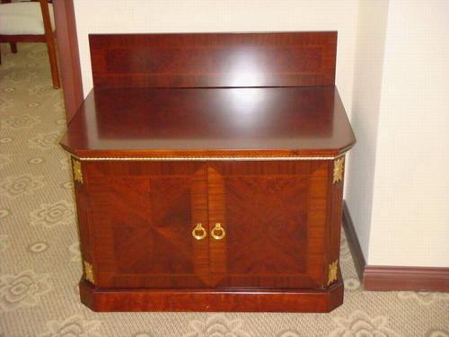 家具漆面硬度饱和度不好,家具美容材料的选择很重要-家具美容网