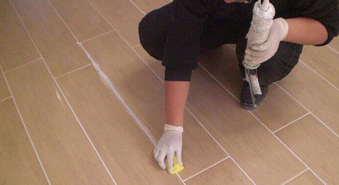 家具美容技术教程-地板美缝的准备工作和方法流程-家具美容网