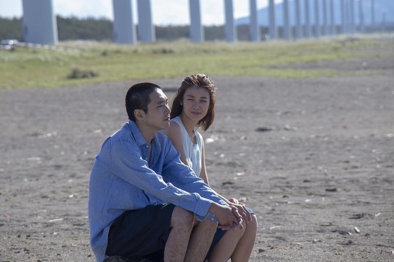 「宅男电影」日本限制级电影《火口的二人》末日来临前用身体疗愈 -宅男饭