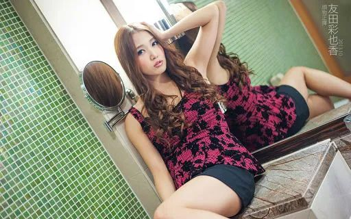 「宅男女神」友田彩也香暗黑版板野友美,将来打算嫁给自己的粉丝