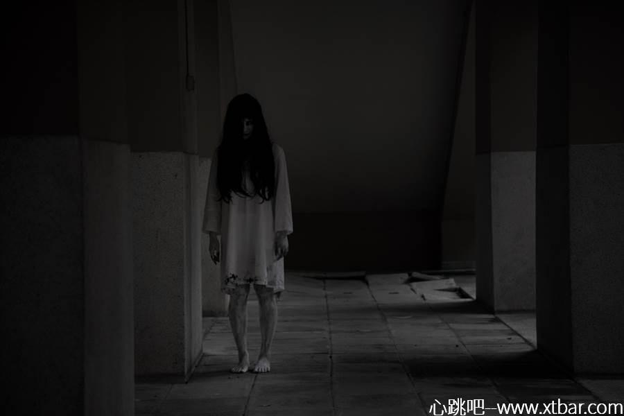 0085j6oIly1gkgm6h19vgj30p00got98 - [心跳吧恐怖故事]:我家有很多鬼!
