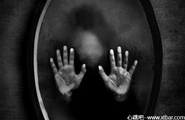 0085j6oIly1gm0a8n1lmsj30i20bomxm - [心跳吧恐怖故事]:镜子里的影子
