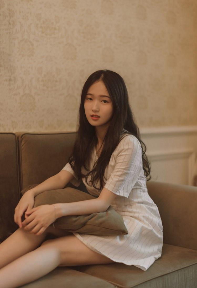 4HND-233韩国妖娆美女秀美腿