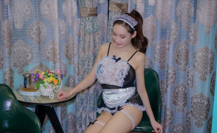 5MIG-486丰韵美女夏日街拍写真大片