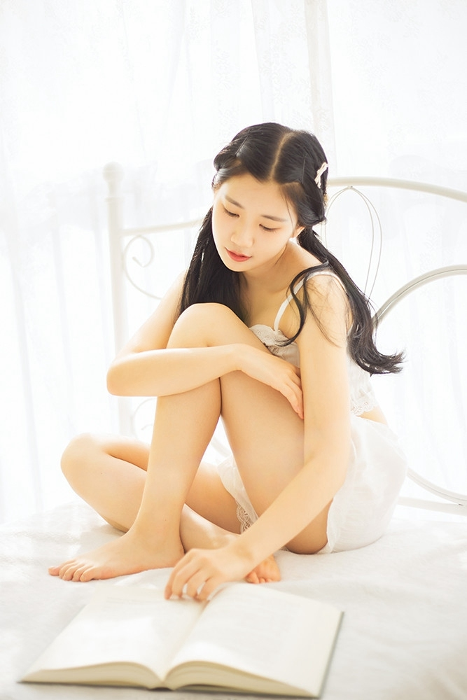 2INCT-003尤果网大胸性感美女足球宝贝