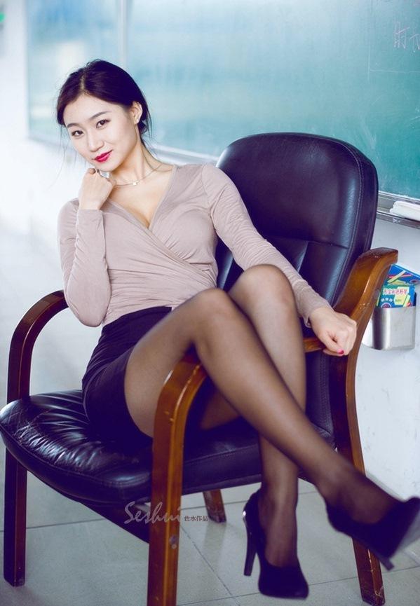 5SOE-488时尚薄纱裙韩国美女