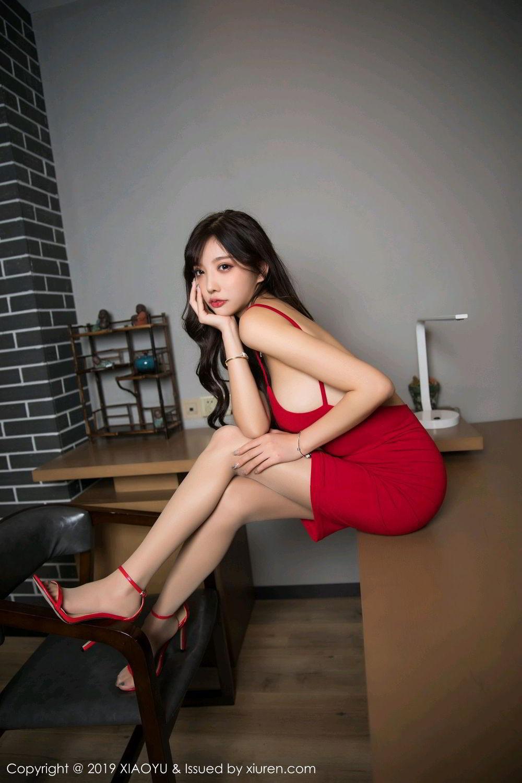 MIAD-816红唇超短裙少妇