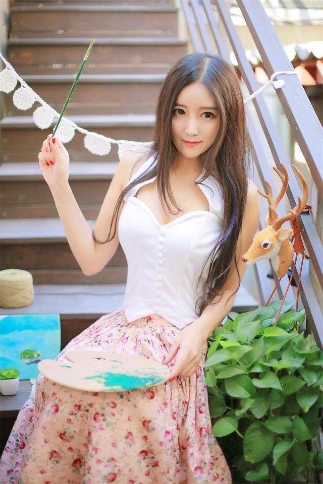 IPTD-910娇艳美女少妇宾馆内衣写真秀美腿