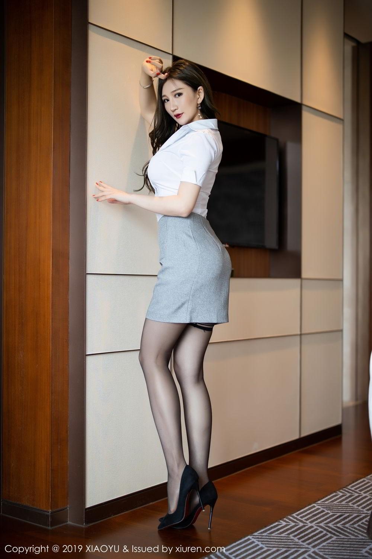 HND-115风情短发红唇美女内衣秀嫩白玉腿