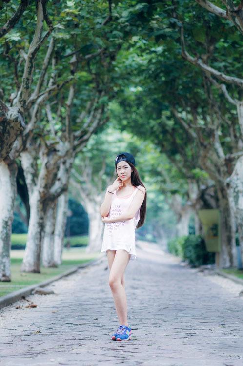 5SOE-781美胸美女内衣塑腰短裤写真