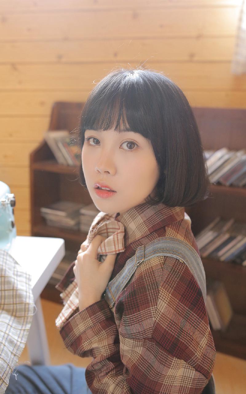 GXAZ-013美胸美女酒店写真秀诱人乳沟