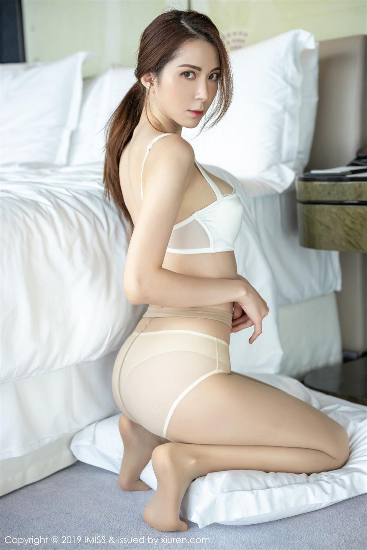 ABS-065大胸内衣美女秀性感好身材