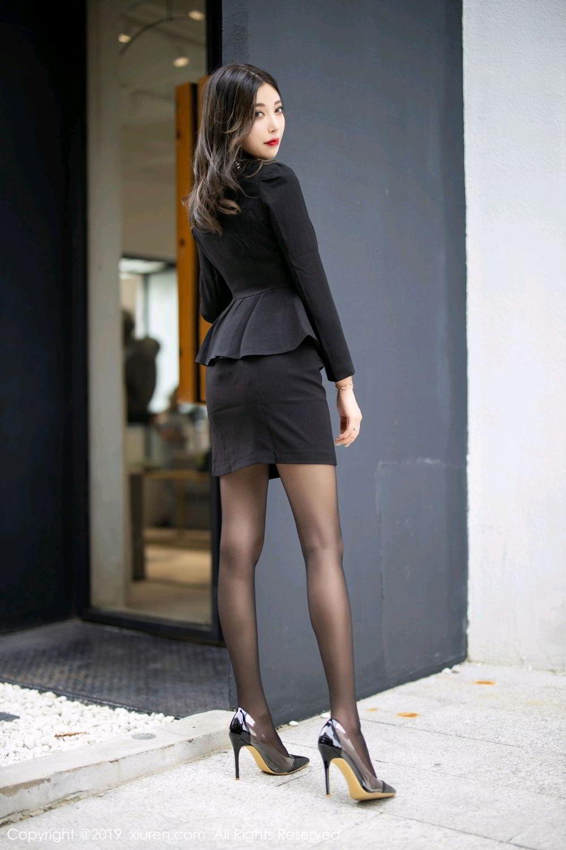 EKDV-528高挑细腰牛仔裤美女