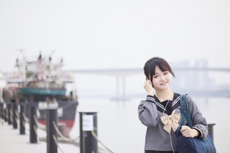 GIRO-28韩国S型好身材抹胸美女秀美胸脯