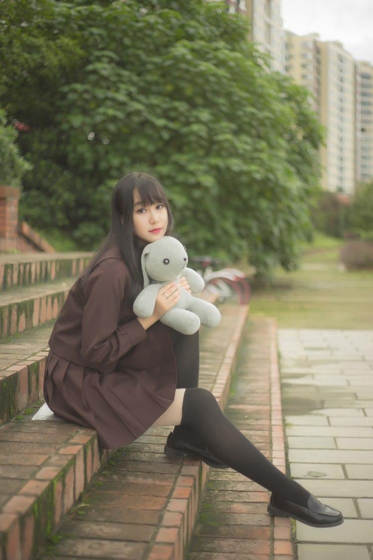 ABP-518性感大胸美女内衣撩人写真