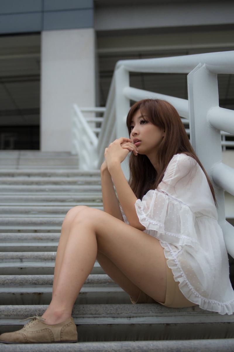 ABS-209短发可爱美女少妇内衣热裤