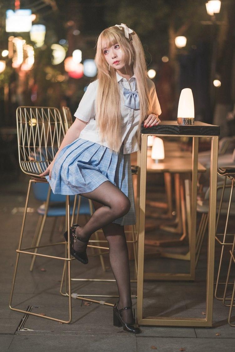 HODV-20949高挑好身材长腿美女抹胸秀美胸着内裤写真
