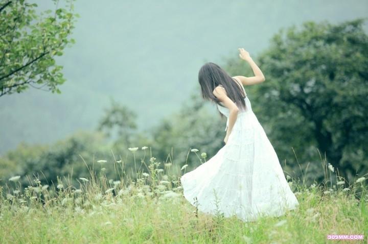 HND-285短发美女少妇薄纱裙写真