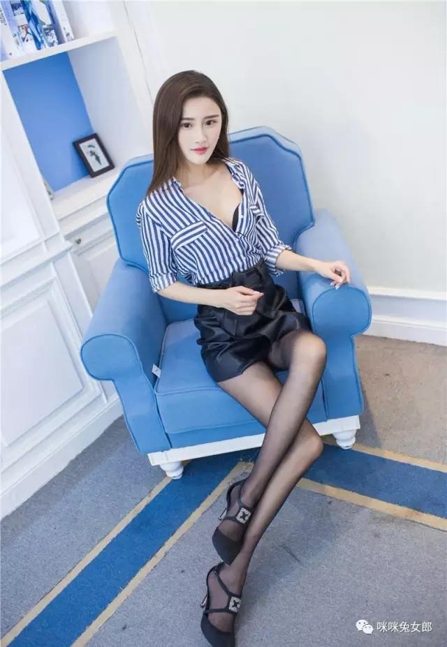 5MIA-458性感身材瓜子脸内衣美女