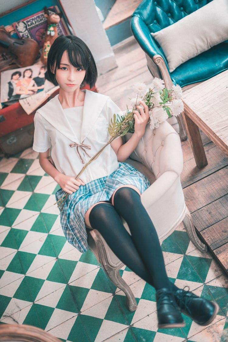 4TYO-313长发美女温泉写真