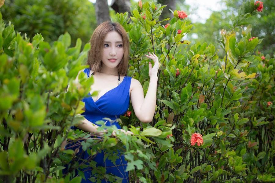 GXAZ-00990后美女长裙写真