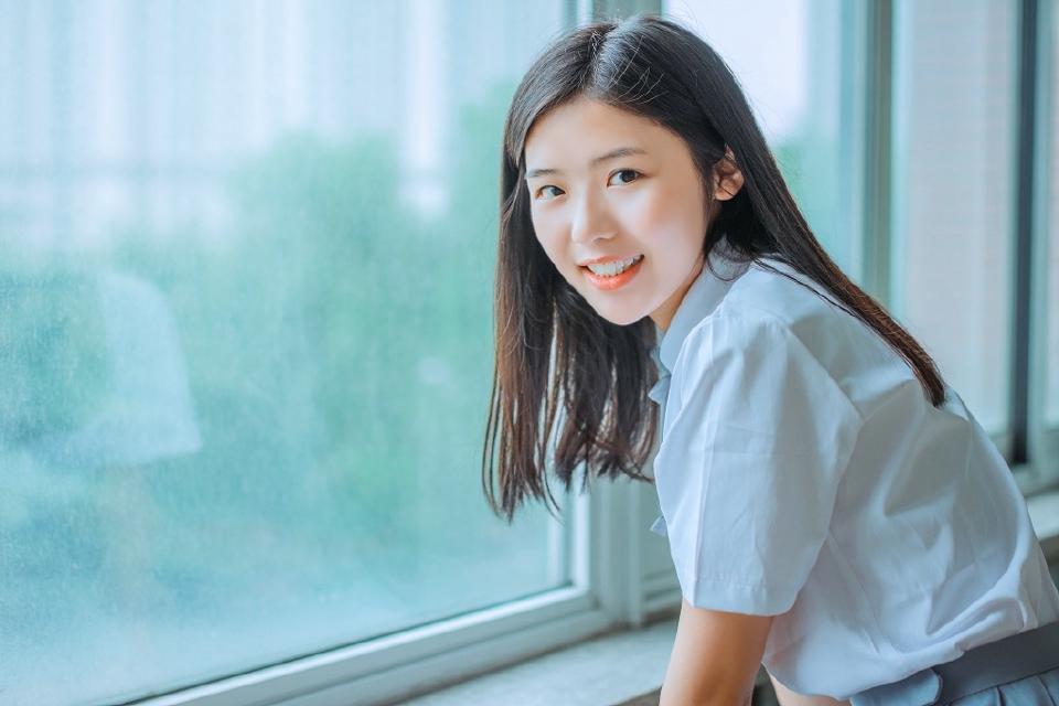 MADM-080情趣护士装美女低胸超短诱惑