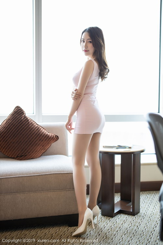 EKDV-526火辣性感的放马妹户外塑形内衣热裤美腿内衣写真