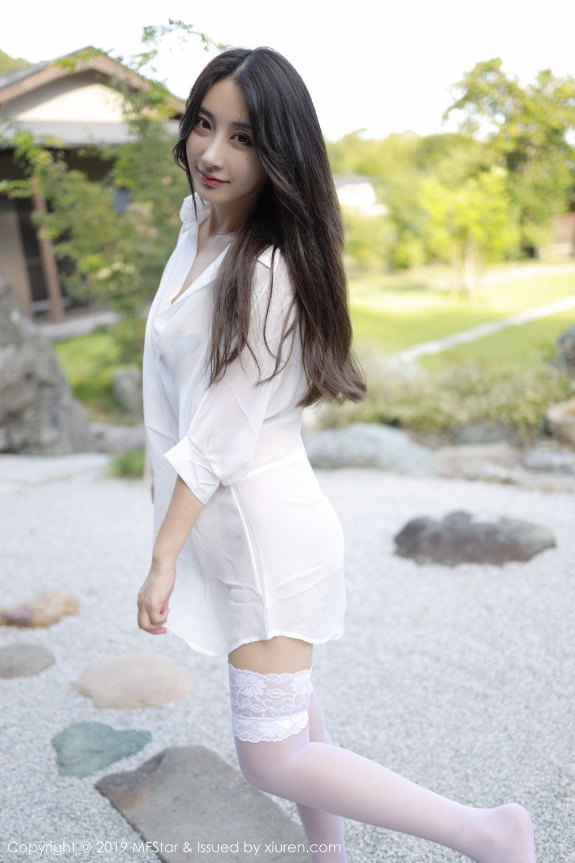 7PGD-683白衬衫超短裙ol美女性感写真图片