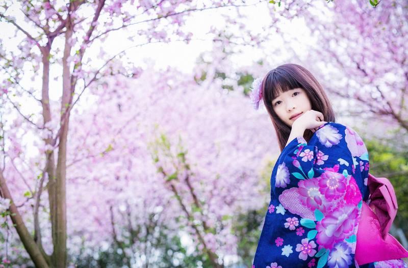 4WANZ-283日本狂野美女内衣私房野性迷人