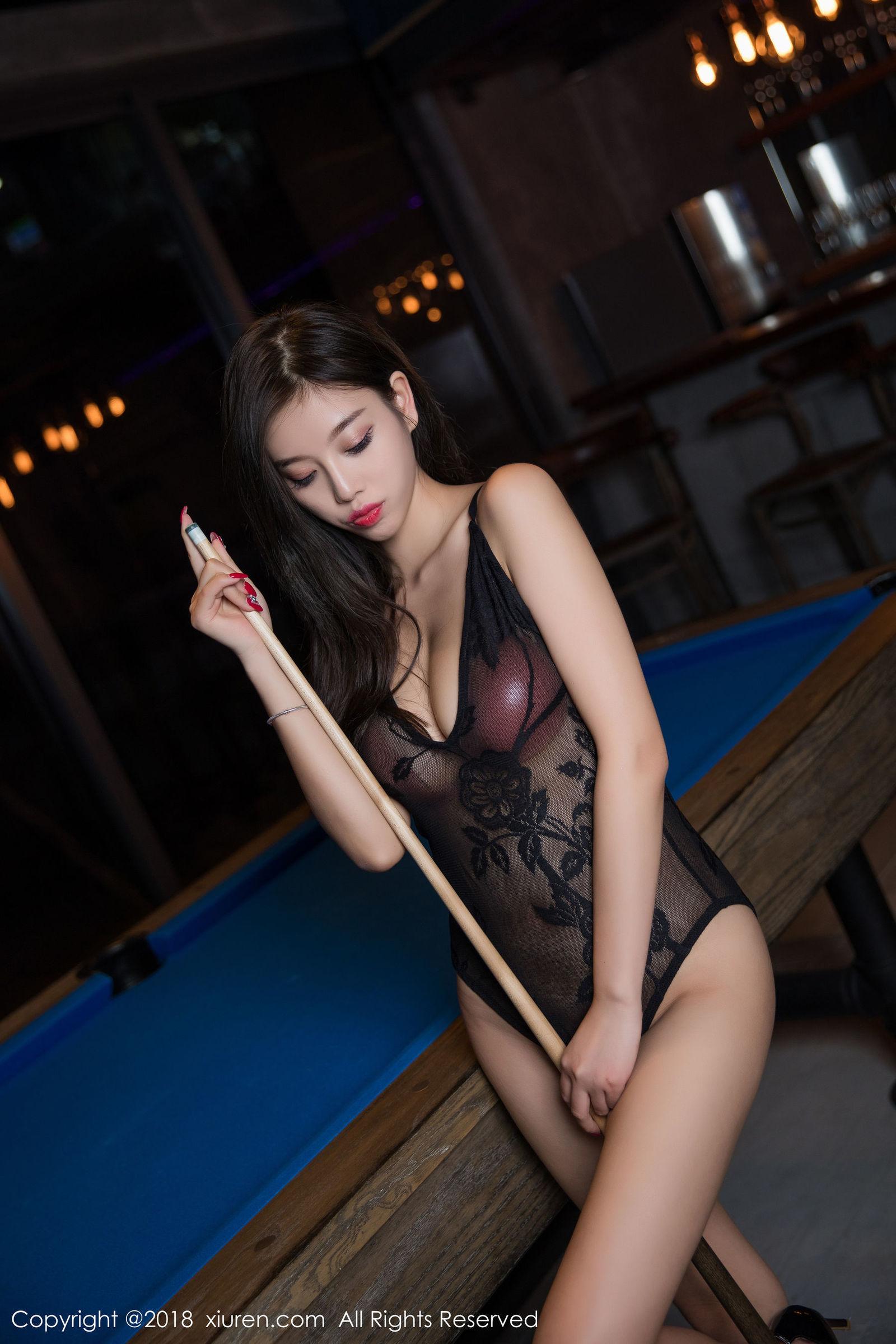 DAYA-007泰国惊艳大胸车模Numnim Jang时而性感时而俏皮