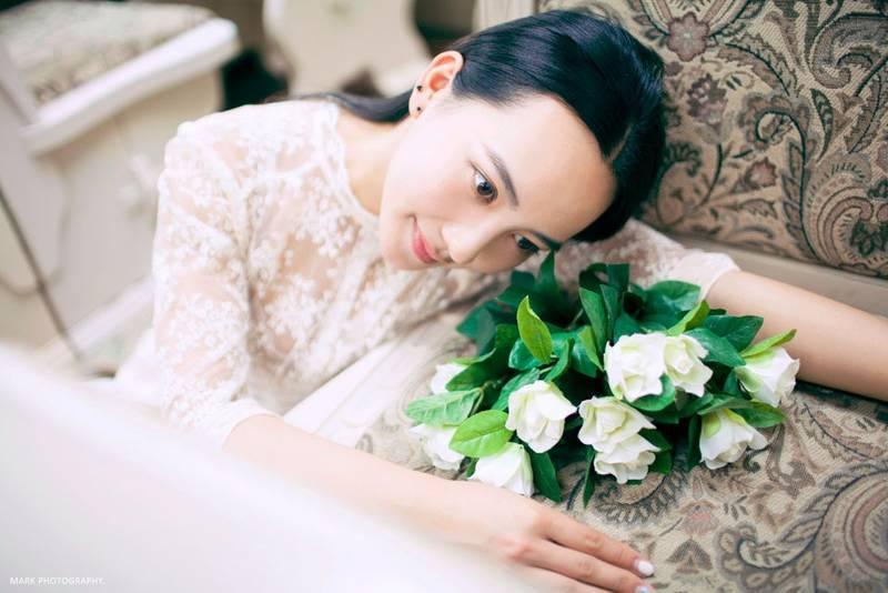 ABP-463大胸美女迷你超短裙写真