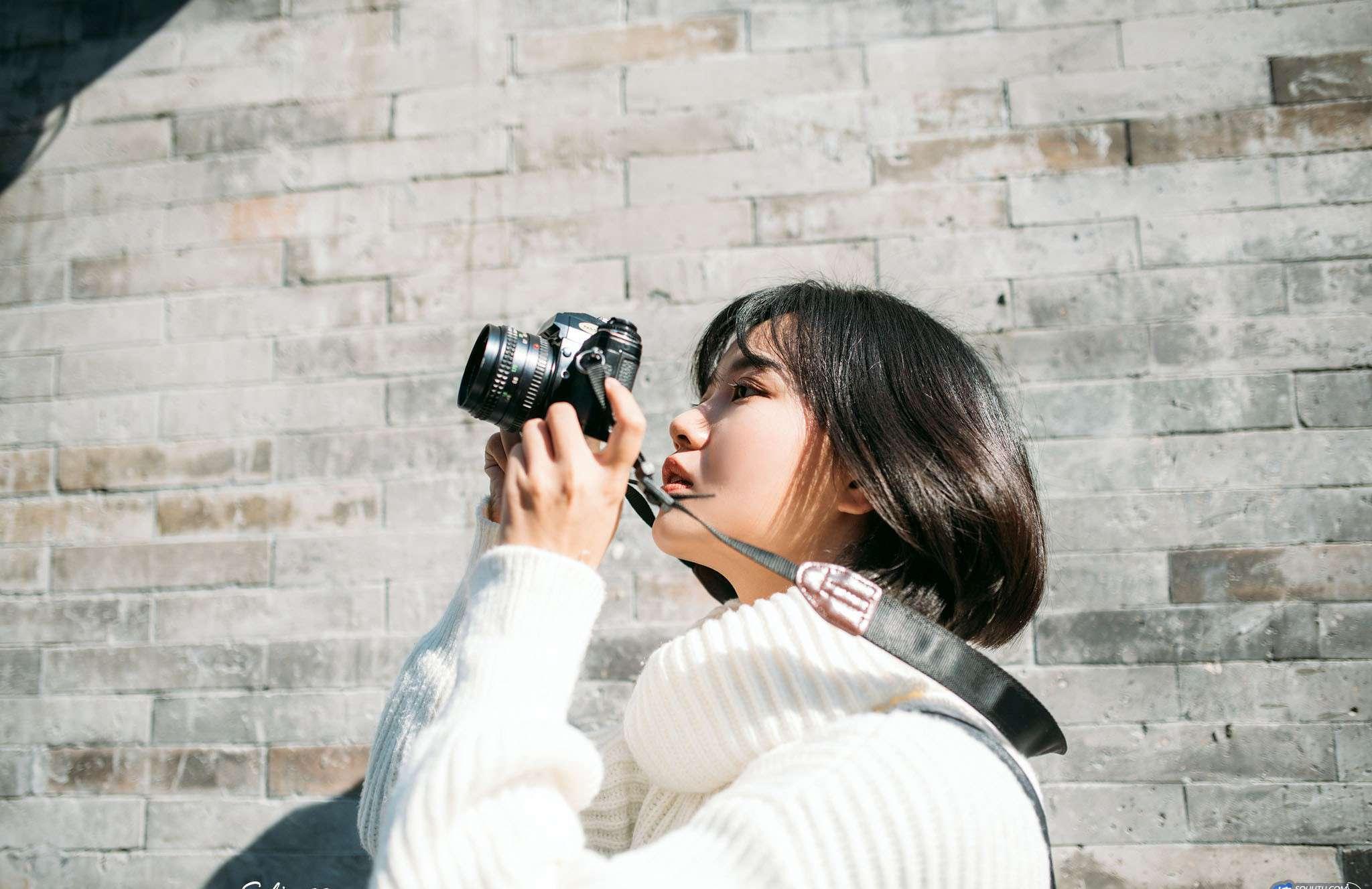 LXVS-016颓废美女上演忧郁慵懒