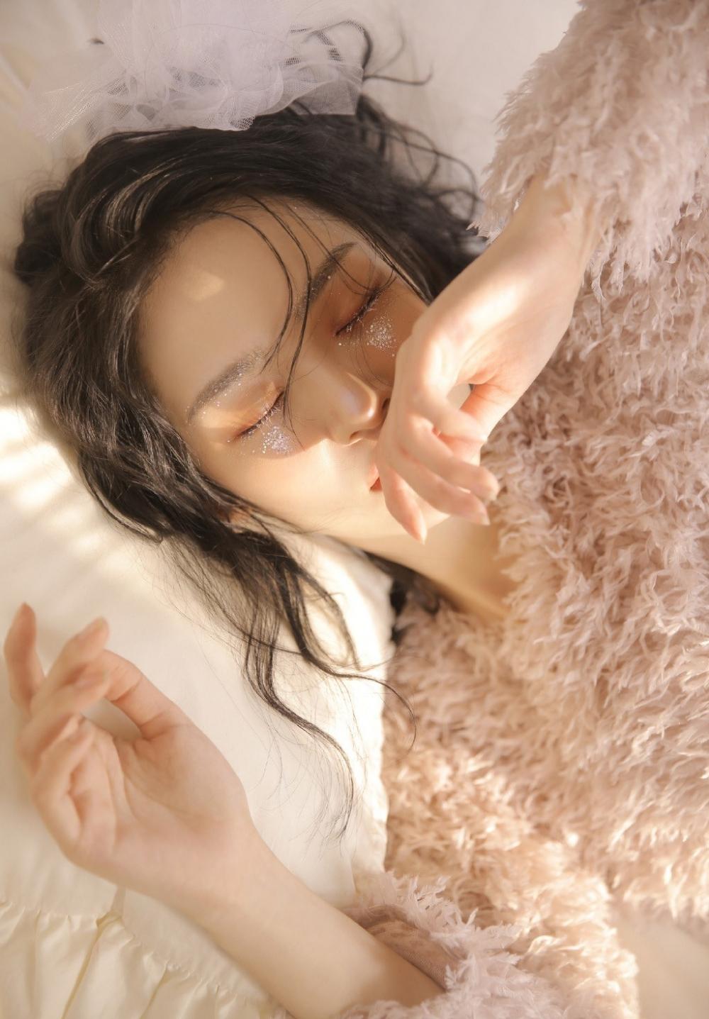 HBAD-439性感摇滚女子 裸露豹纹内衣火辣撩人