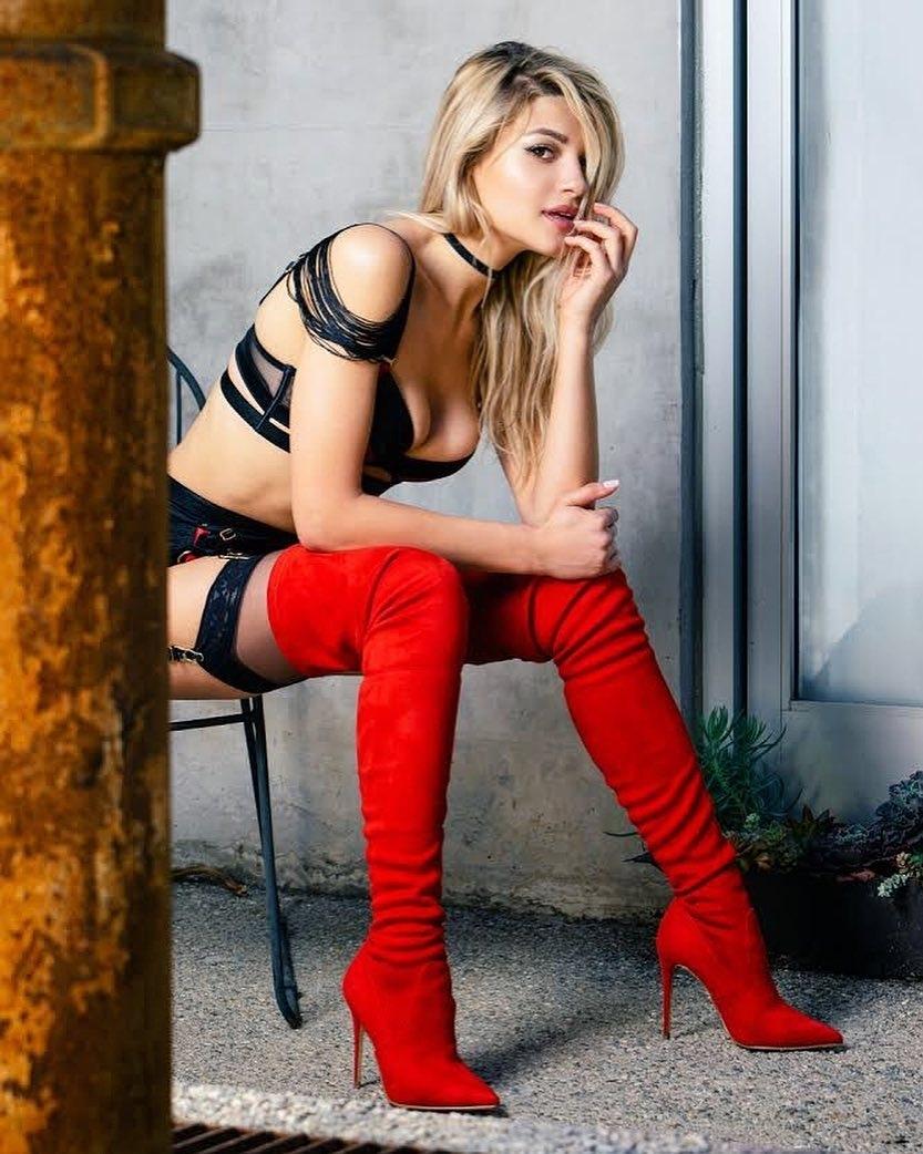 IESP-620诱惑的性感美女图片 薄纱抹胸性感迷人