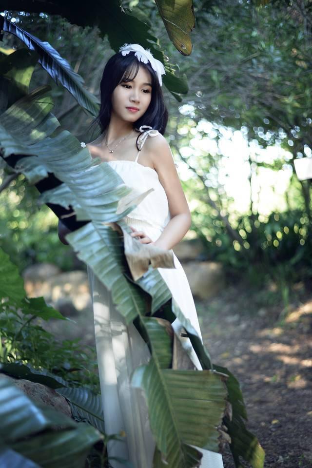 KSBJ-090身材丰满的性感熟女细高跟透明丝袜显得极致销魂美女图库