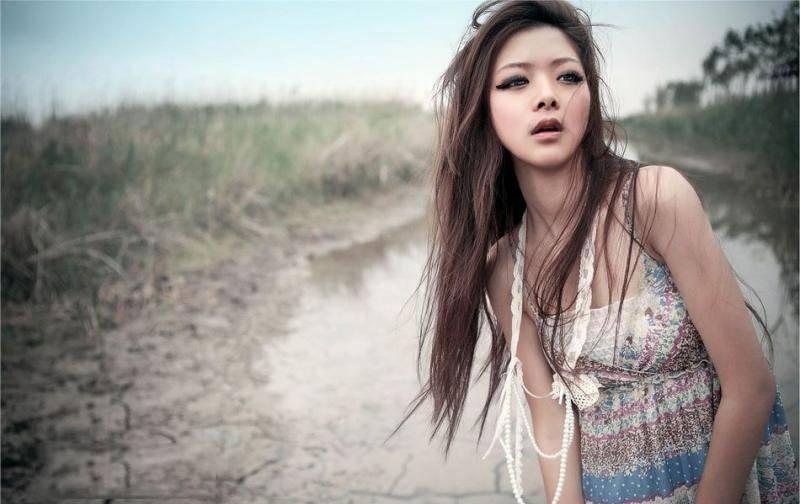MIDE-806身姿曼妙可人的极品美女连体透视黑丝袜销魂摄魄的美女图集