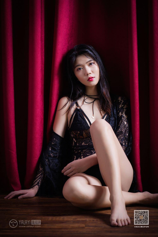 DLIS-012肥臀大奶子黑丝秘书制服诱惑吊袜美胸妖娆风骚写真