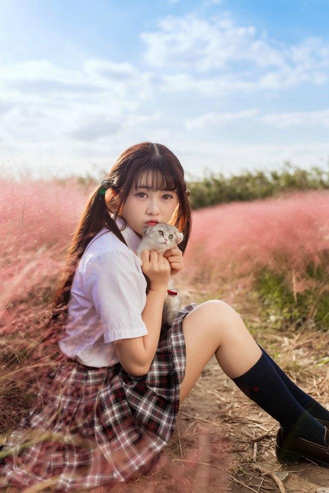 MIZD-137漂亮女朋友兔女郎制服诱惑白丝美腿养眼内衣福利写真
