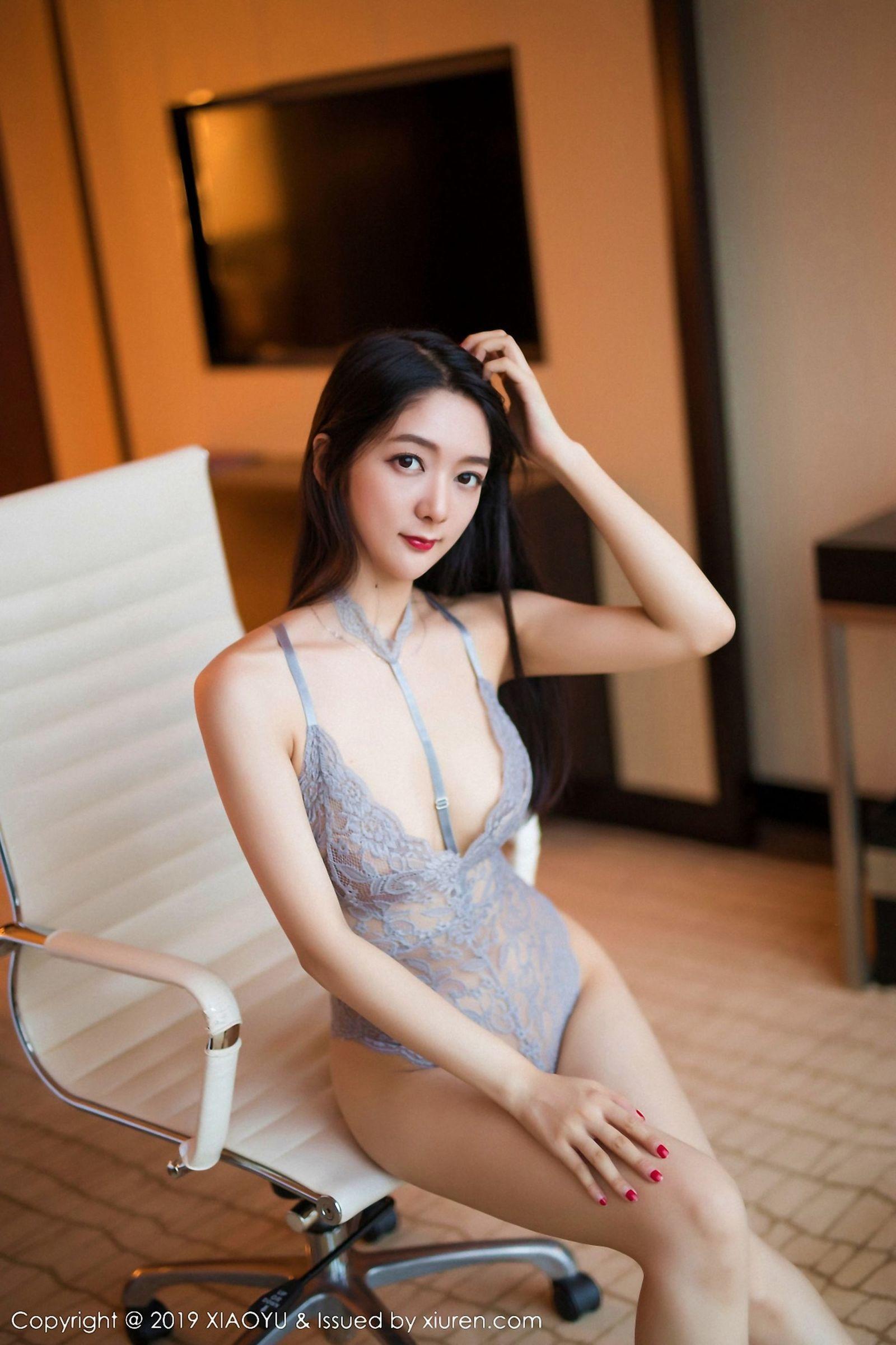 2ORBK-011御姐控宅男最爱福利高冷美女黑丝包臀裙魔鬼身材美女拍拍