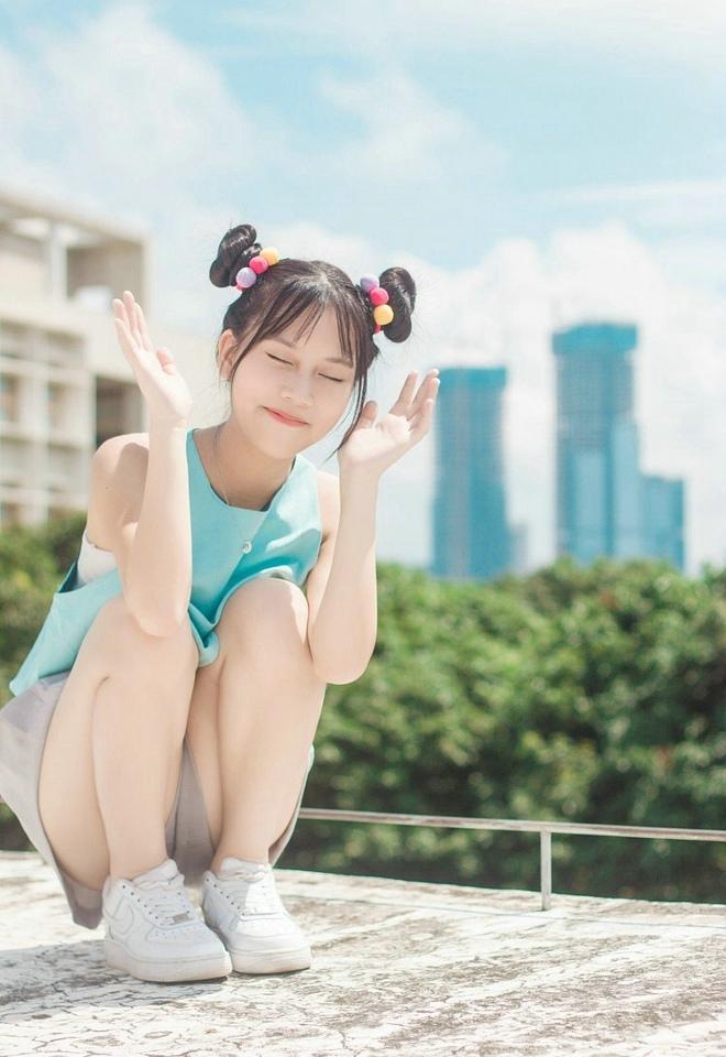 APKH-049放学后的制服馆美少女私房脱黑丝养眼福利摄影图片
